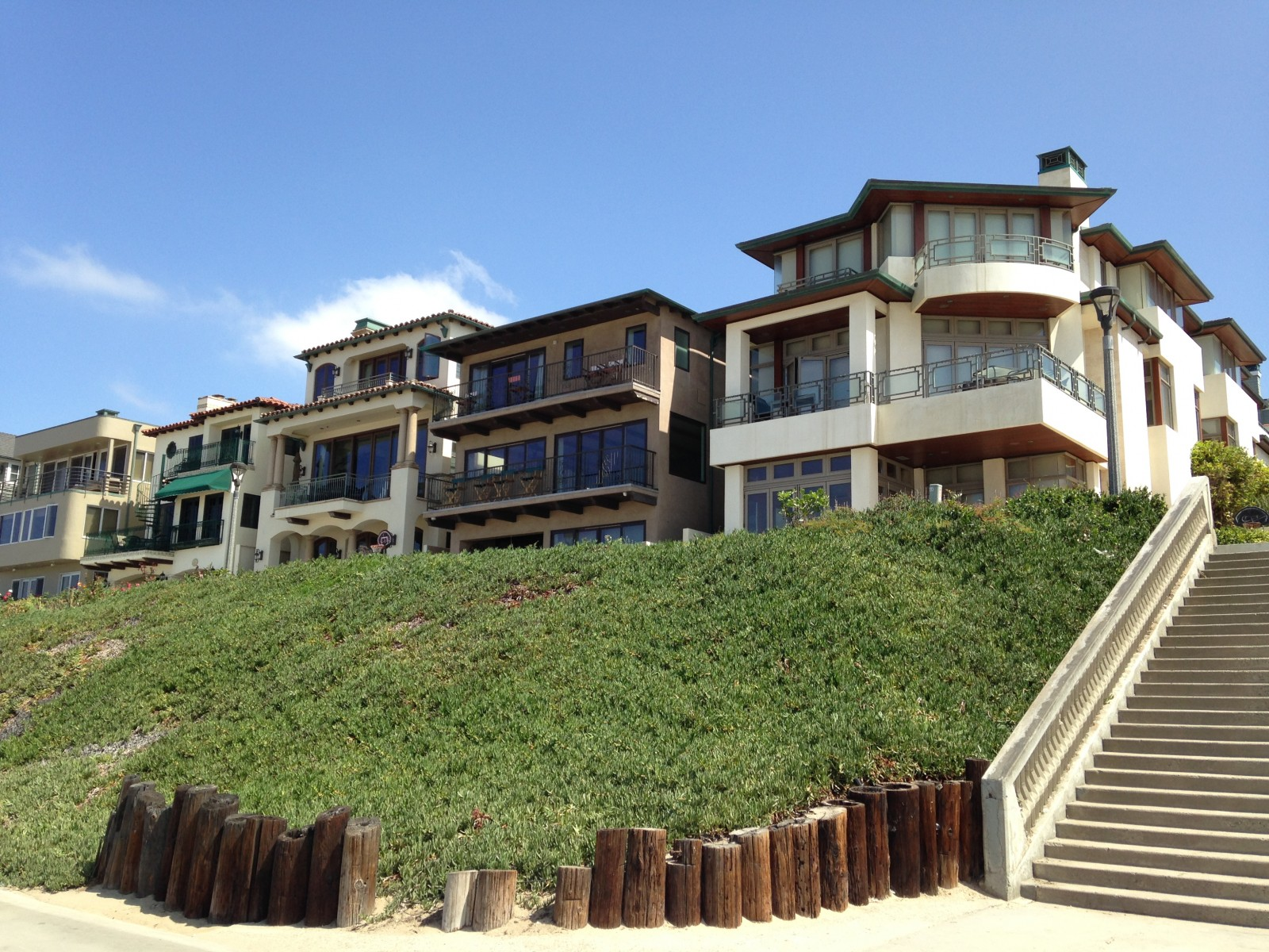 Luxury beachfront homes memes for Luxury beach houses